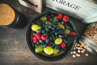 Vitamíny a super potraviny, které pomáhají